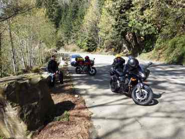 Two Bikes, One 'Nut: Taking a Break on Chuckanut Drive